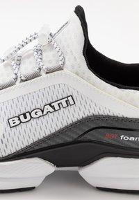 Bugatti - SETER - Trainers - white - 5