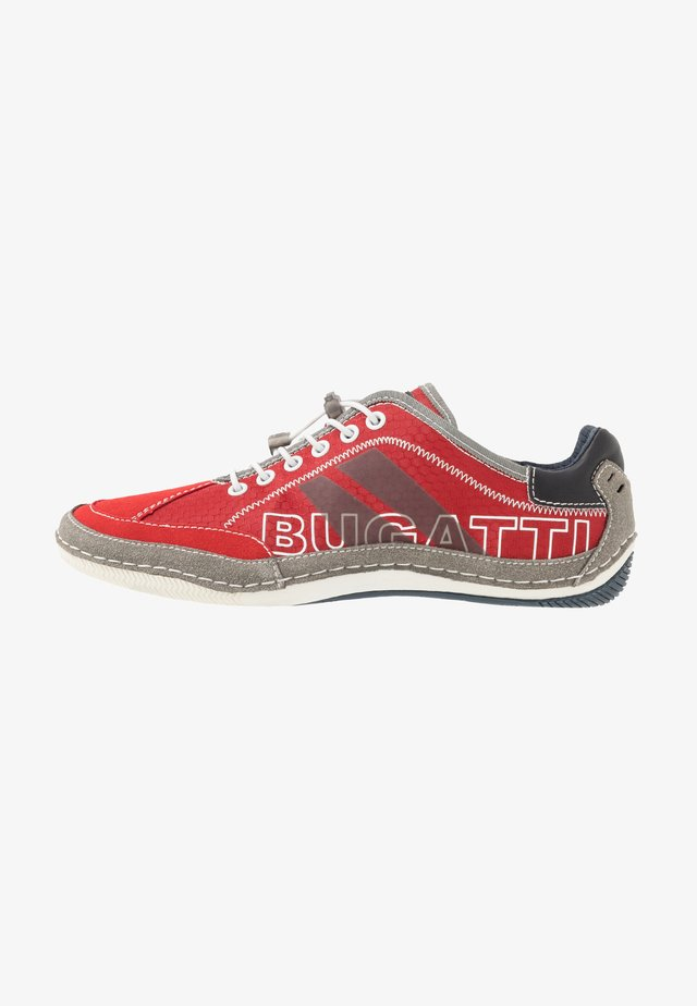 CANARIO - Sneakersy niskie - red