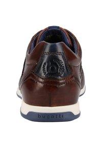 Bugatti - Sneakersy niskie - brown - 3