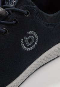 Bugatti - JAVA - Matalavartiset tennarit - dark blue - 5