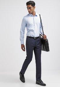Bugatti - Pantalon de costume - blau - 1