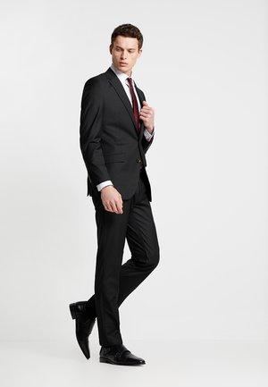 SUIT REGULAR FIT - Kostuum - black