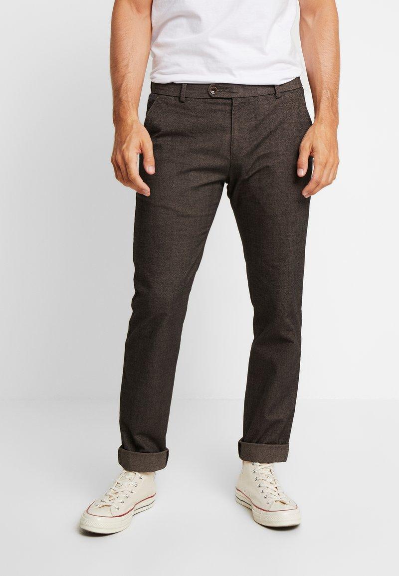 Bugatti - TROUSER - Kalhoty - brown