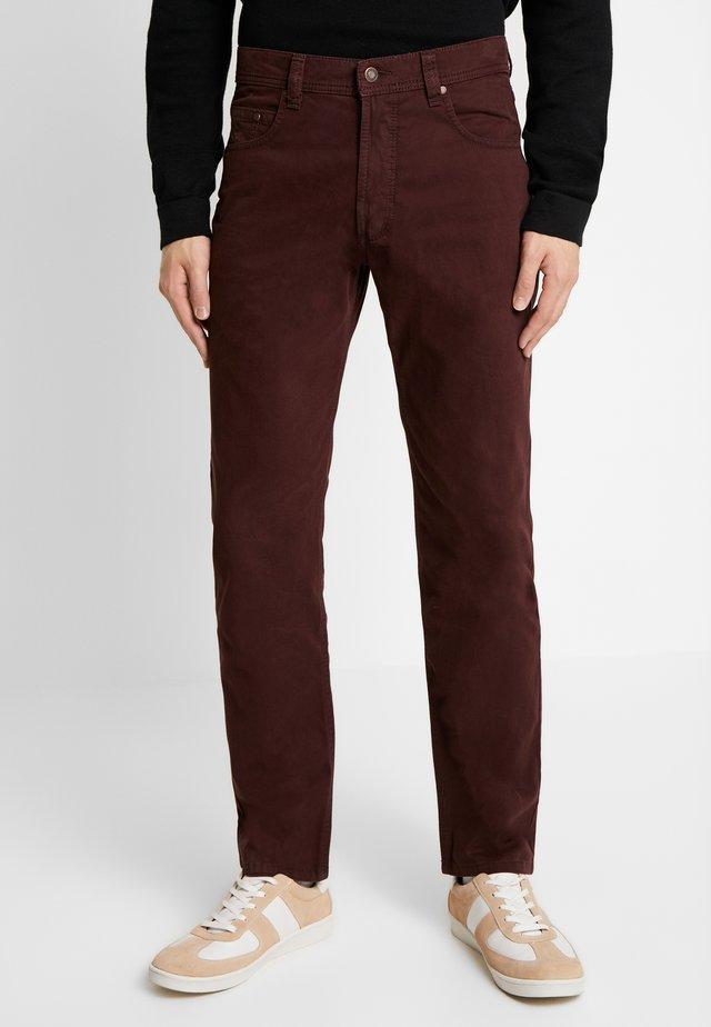 FIVE-POCKET - Spodnie materiałowe - berry