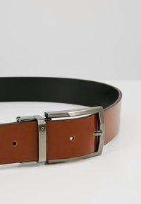 Bugatti - REGULAR - Belt business - cognac/schwarz - 5