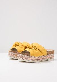 Bullboxer - Slip-ins med klack - yellow - 4