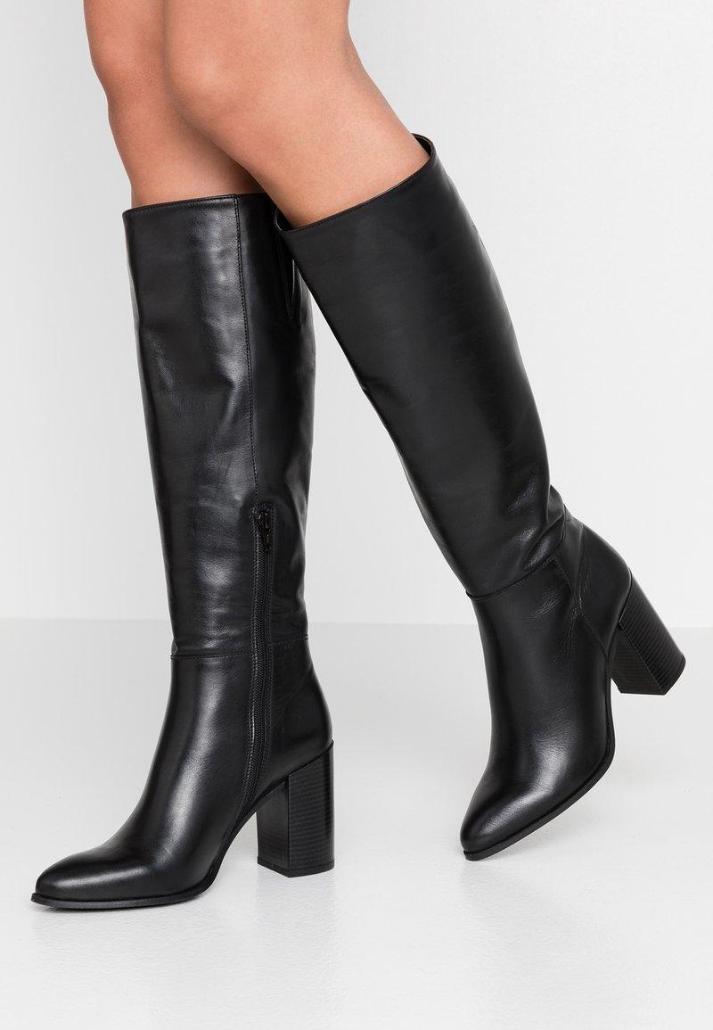 Bullboxer - Laarzen met hoge hak - black