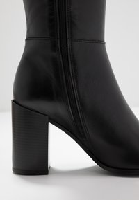 Bullboxer - Laarzen met hoge hak - black - 2