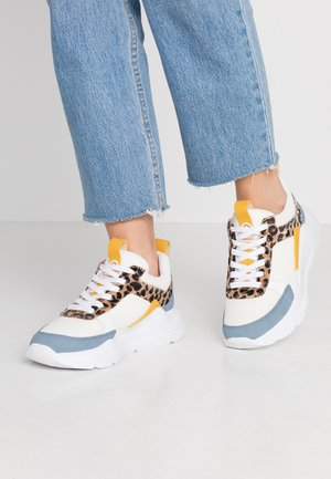 Sneakers laag - white/yellow/blue