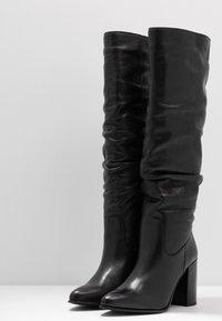 Bullboxer - Laarzen met hoge hak - black - 4