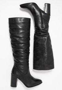 Bullboxer - Laarzen met hoge hak - black - 3