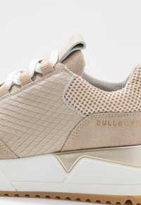 Bullboxer - Tenisky - sand - 2