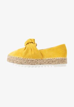 Espadrilles - old yellow