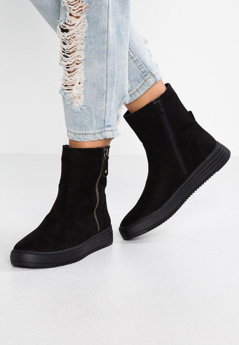 Bullboxer - Kotníkové boty - black