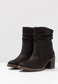 Bullboxer - Classic ankle boots - black - 4