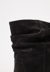 Bullboxer - Classic ankle boots - black - 2