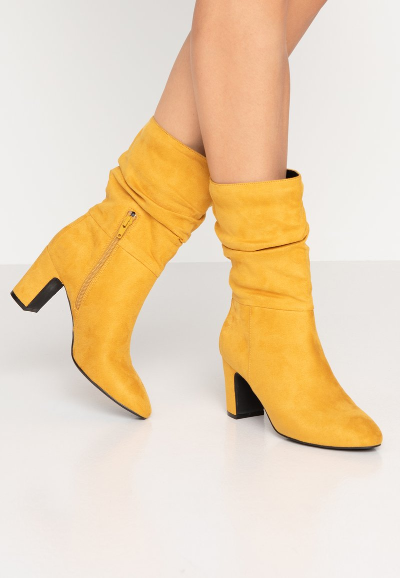 Bullboxer - Classic ankle boots - cury