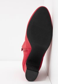 Bullboxer - Ankle boots - berry - 6
