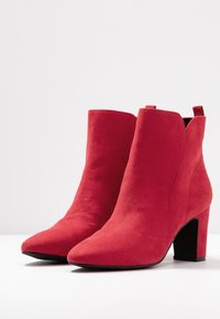 Bullboxer - Ankle boots - berry - 4
