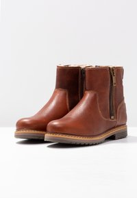 Bullboxer - Classic ankle boots - cognac - 4