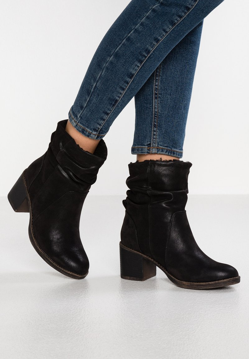 Bullboxer - Classic ankle boots - black