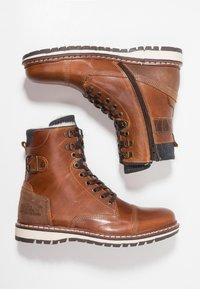 Bullboxer - Šněrovací kotníkové boty - tano - 1