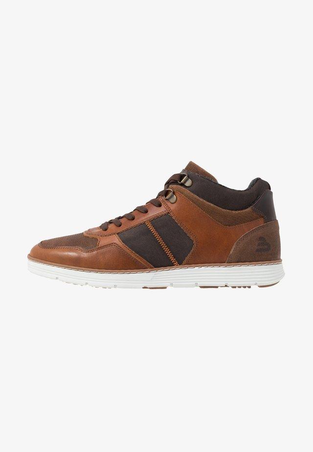 High-top trainers - cognac