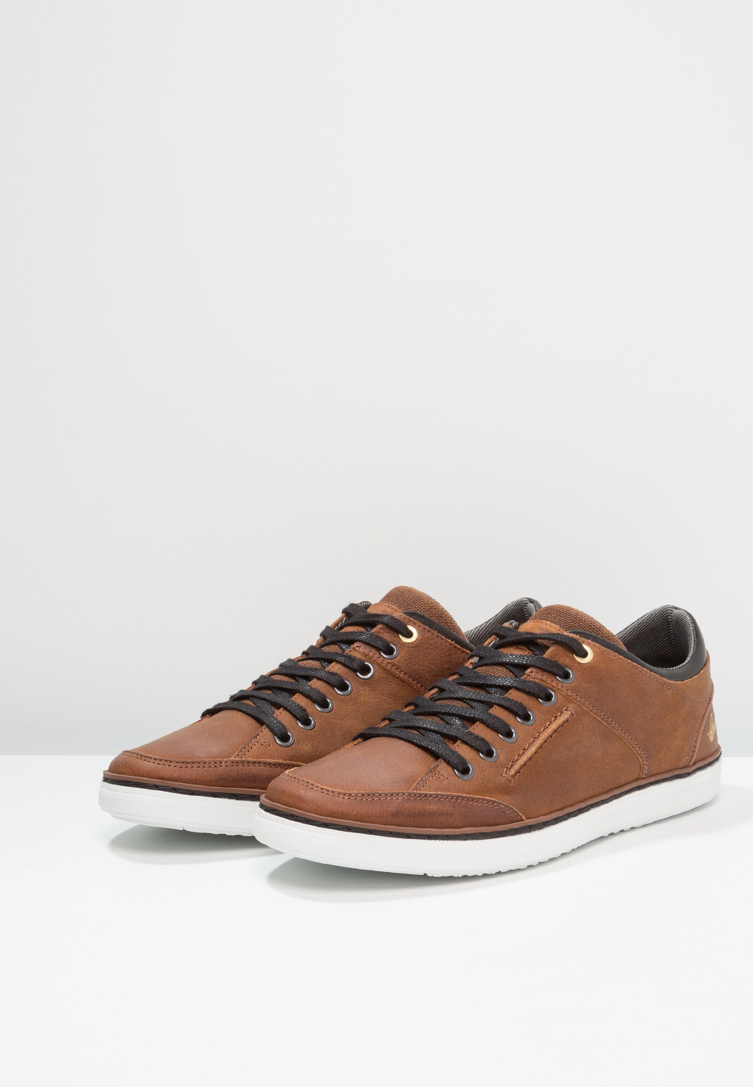 Bullboxer Sneakersy niskie - marron brown/black