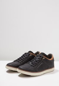 Bullboxer - Joggesko - black/cognac - 2