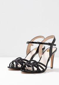 Buffalo - AFTERGLOW - Sandaler med høye hæler - black - 4