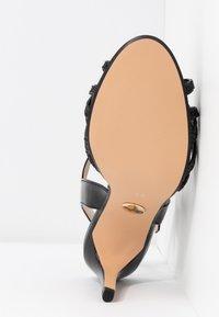 Buffalo - AFTERGLOW - Sandaler med høye hæler - black - 6
