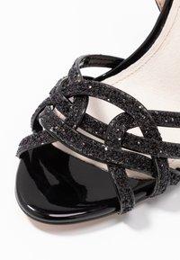 Buffalo - AFTERGLOW - Sandaler med høye hæler - black - 2