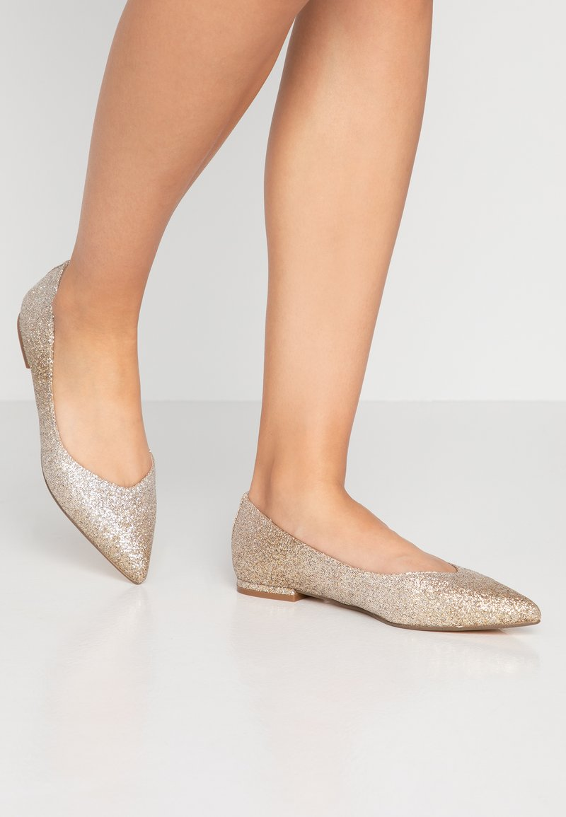 Buffalo - AMIREH - Ballet pumps - light gold