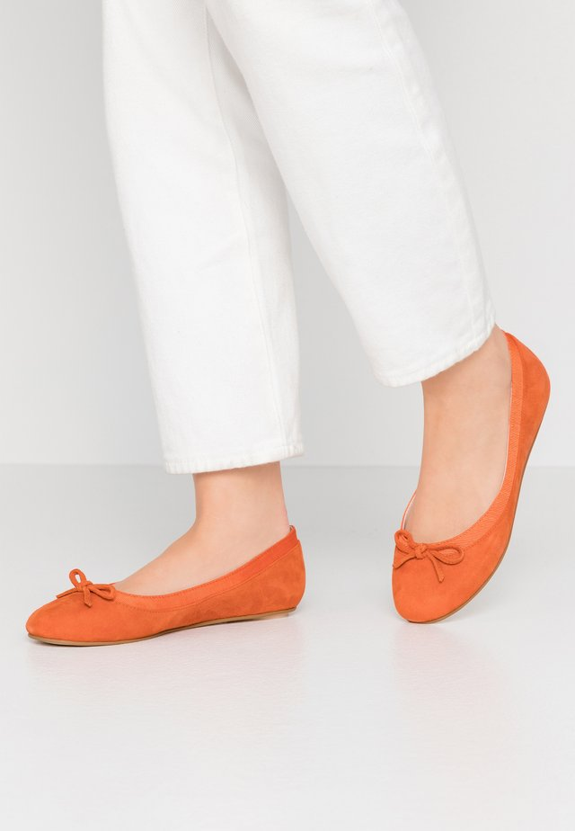 ANNELIE - Ballerinat - orange
