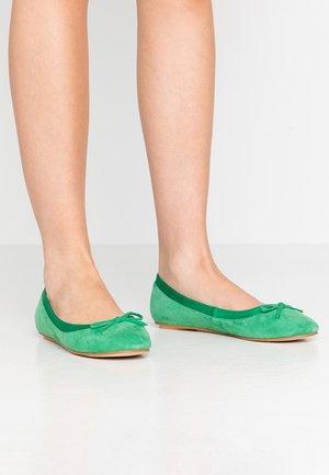 ANNELIE - Ballerina - green