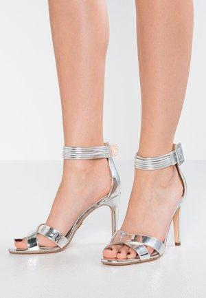 AMINA - Sandalen met hoge hak - silver