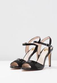 Buffalo - AIDA - Sandaler med høye hæler - black - 4