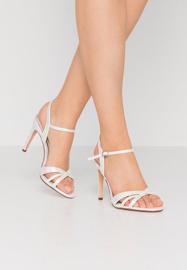 ANJA - Højhælede sandaletter / Højhælede sandaler - white