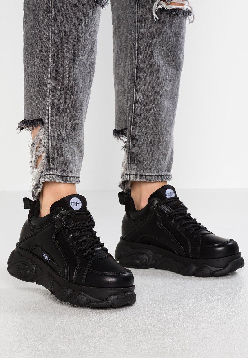 Buffalo - CORIN - Sneakersy niskie - black