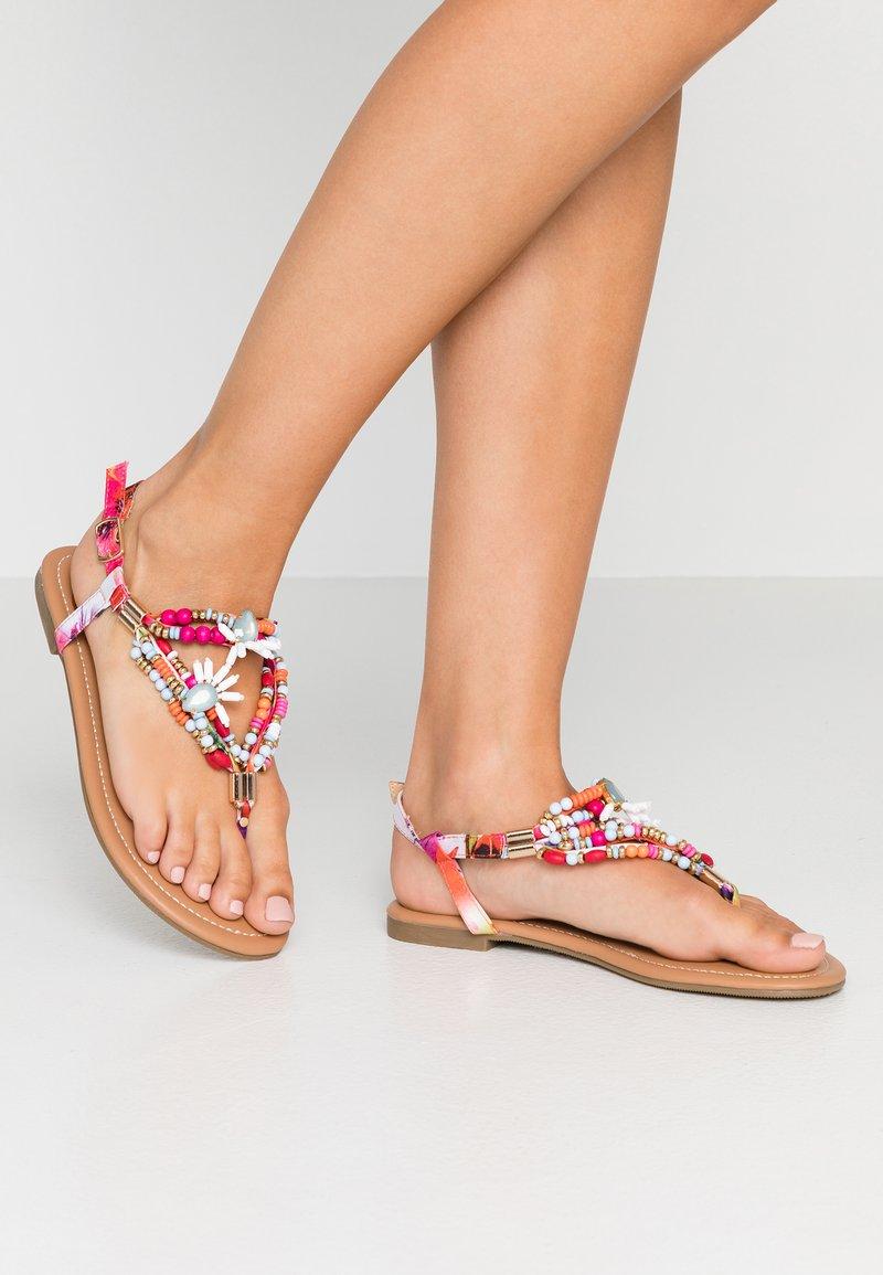Buffalo - ELISSE - T-bar sandals - multicolor