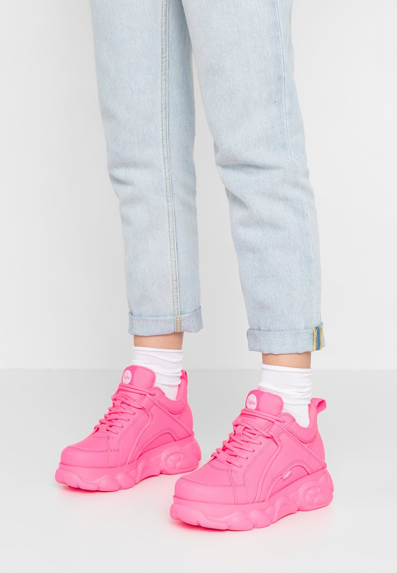 Buffalo - CORIN - Sneaker low - neon pink