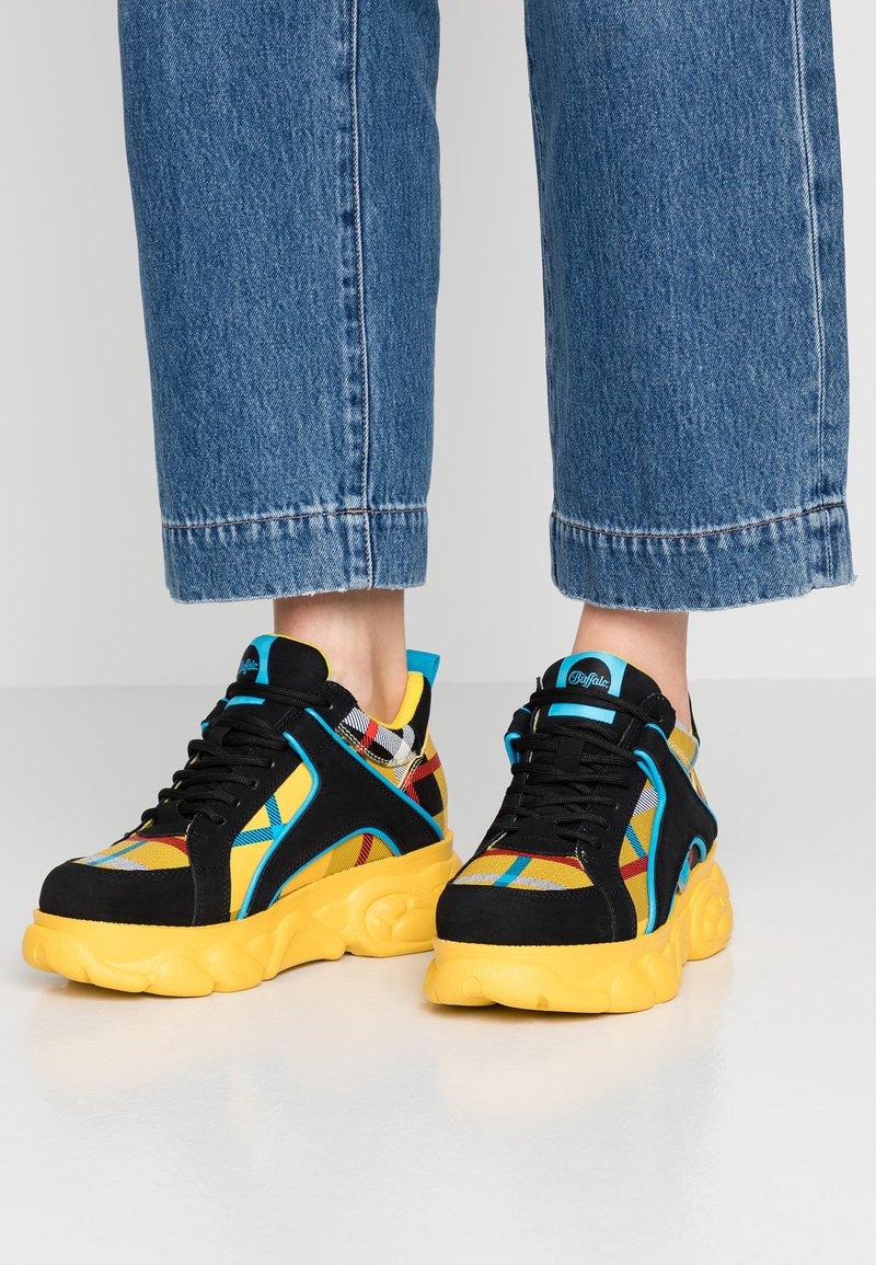 Buffalo - CORIN - Sneakers laag - yellow