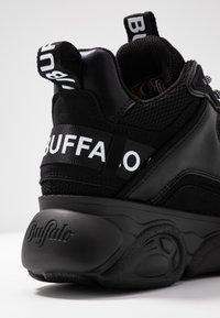 Buffalo - CHAI - Tenisky - black - 2