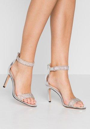 FRIGGA - Sandály na vysokém podpatku - silver
