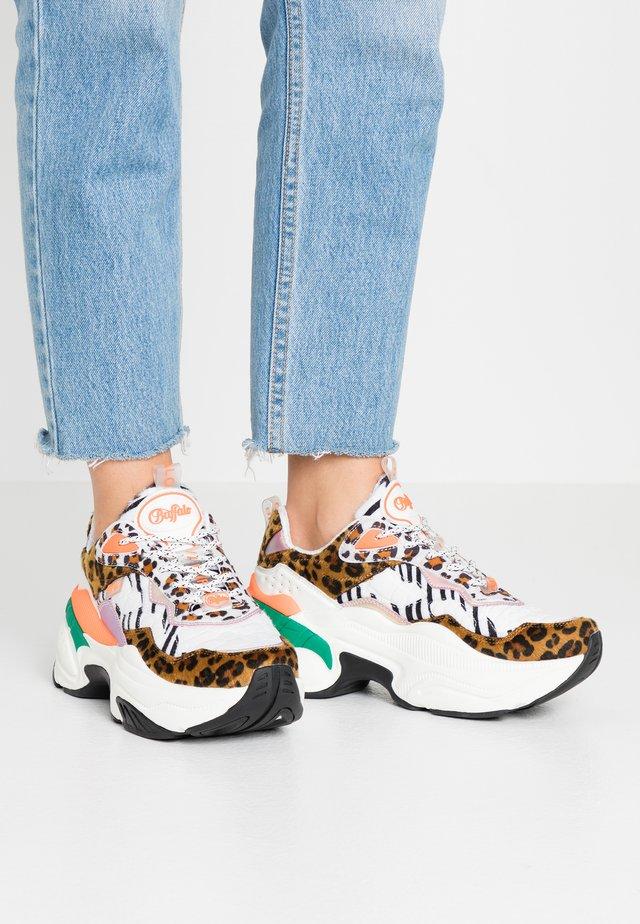 CREVIS - Sneakers laag - multicolor