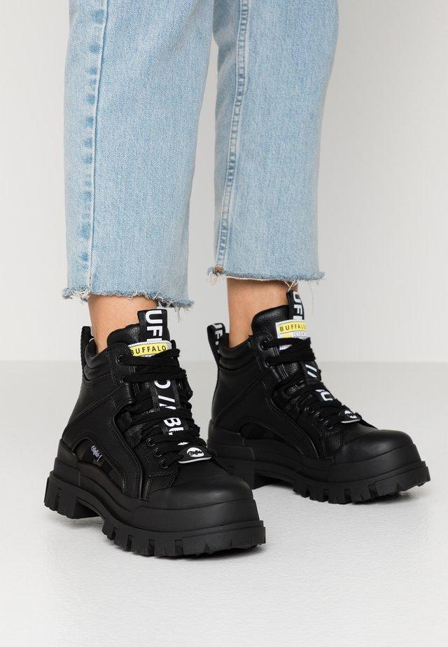 ASPHA MID - Sneakers high - black