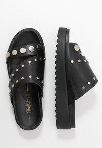 Buffalo - JAYMA - Pantofle - black/silver - 3