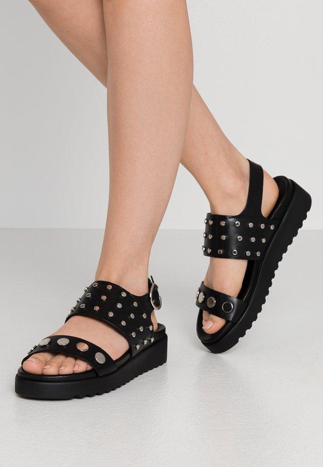 JACKY - Sandály na platformě - black/silver