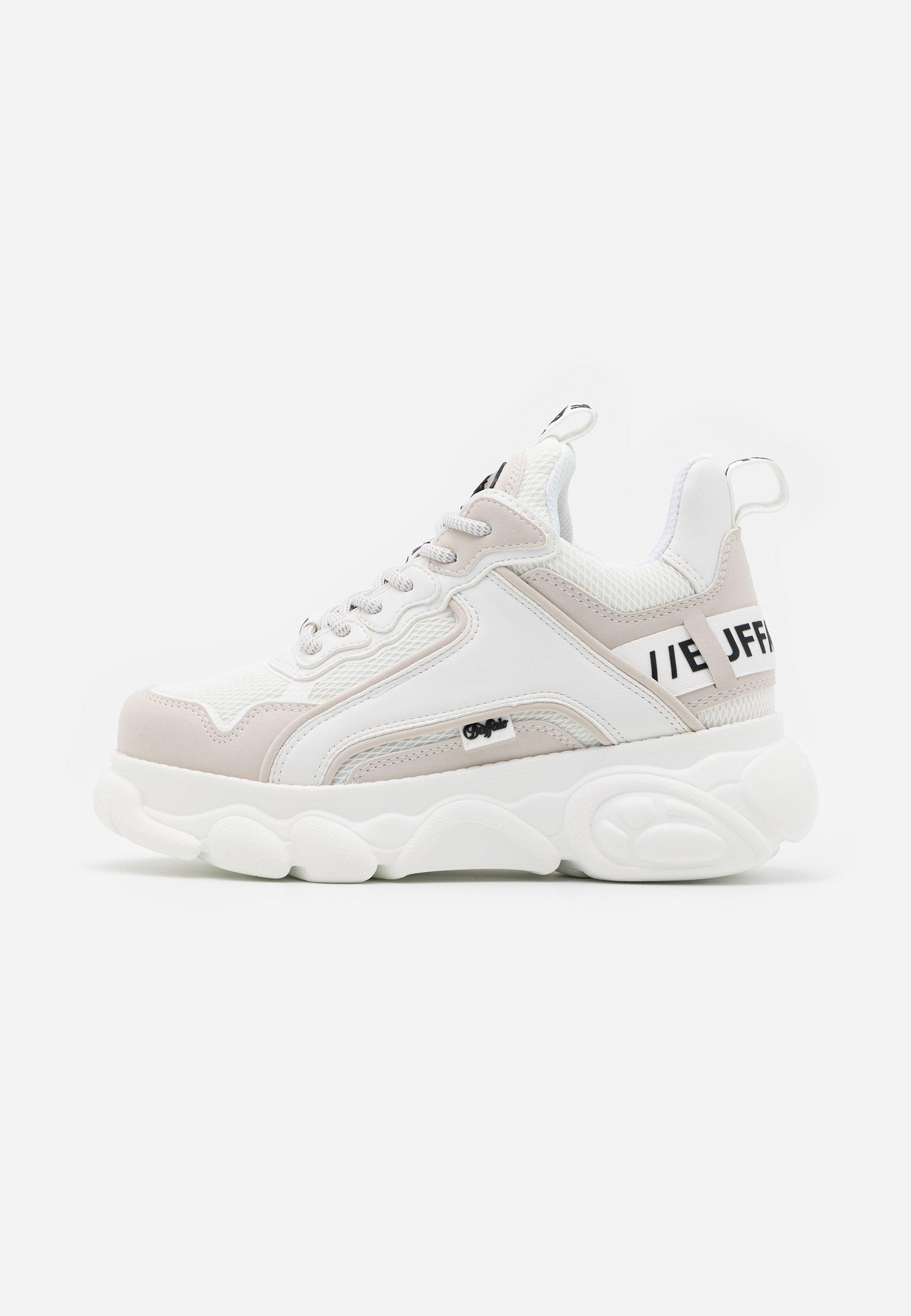 Kjøp Buffalo Chai White sko Online | FOOTWAY.no