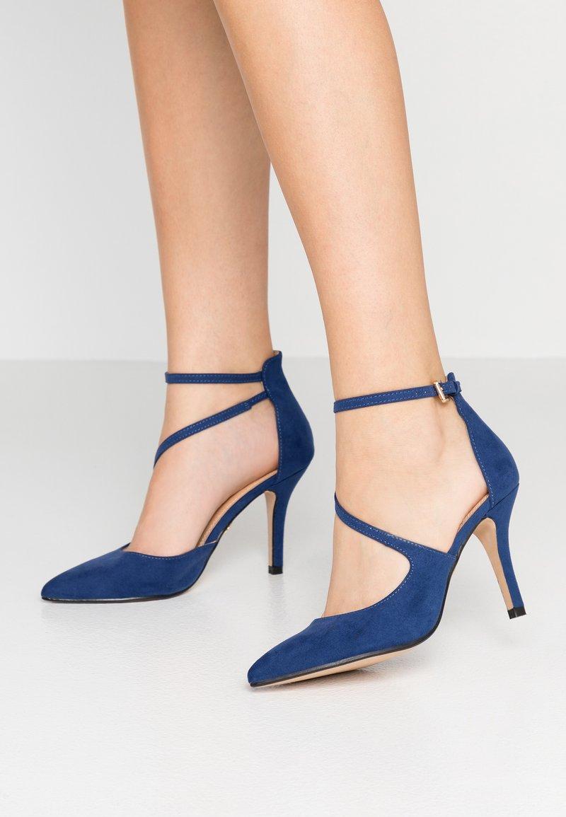 Buffalo - High heels - navy dark